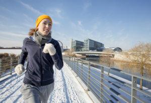 в чем бегать зимой и осенью