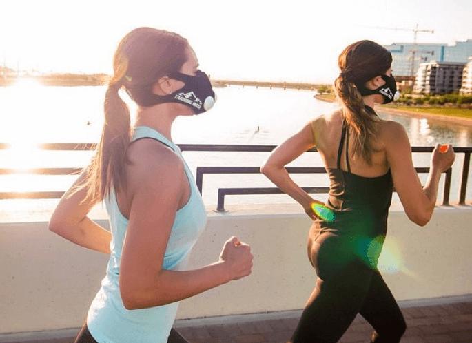 бег с кислородной маской