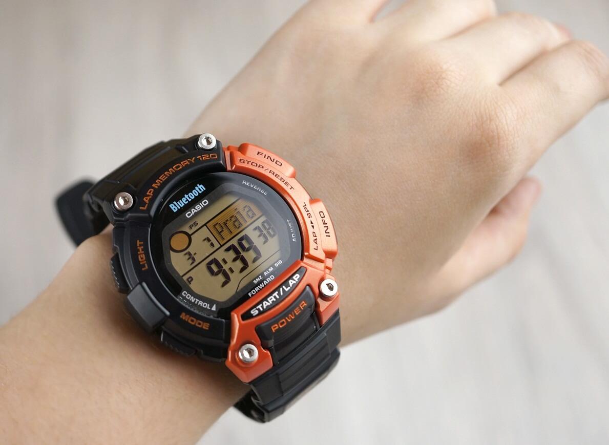 часы с пульсометром casio