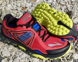 Brooks-Pure-Grit-02