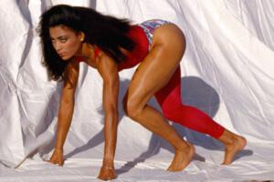 Мировой рекорд 100 метров женщины Флоренс Гриффит-Джойнер