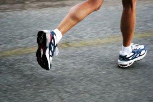 как бегать на носках или пятках