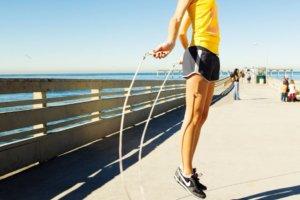 что эффективнее бег или скакалка