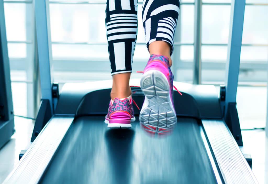 Ходьба на беговой дорожке для похудения