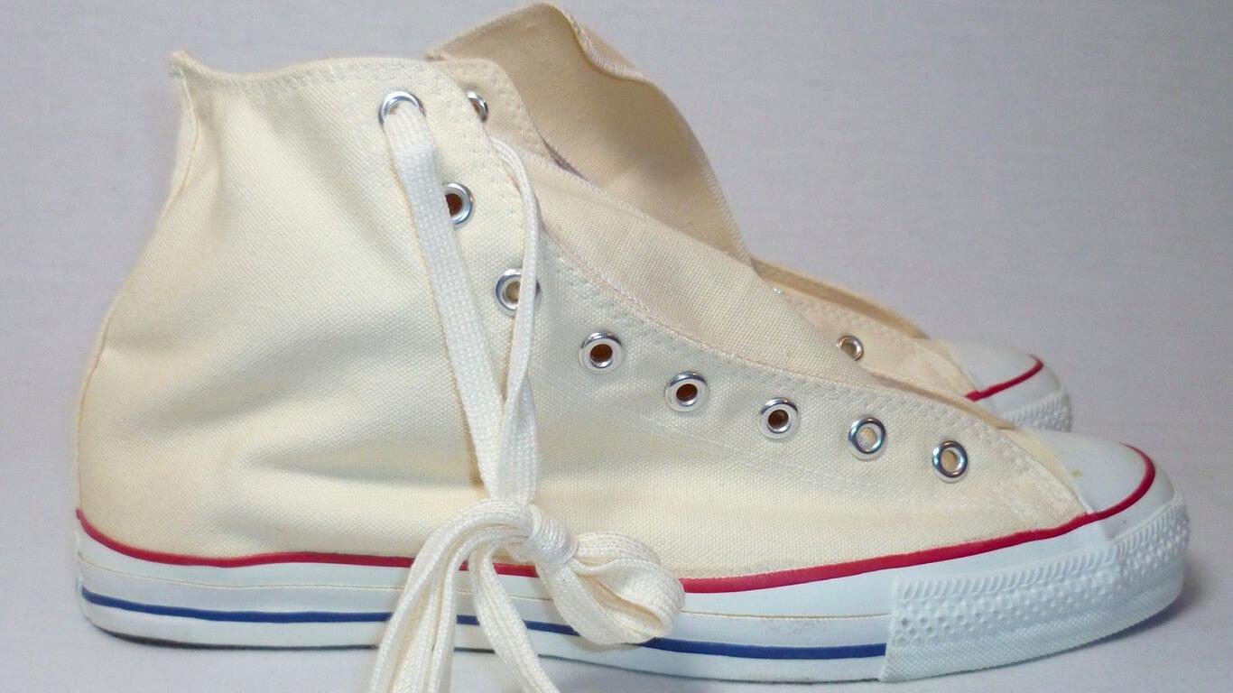 Кеды или кроссовки