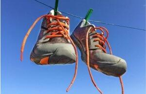 на каком режиме стирать кроссовки в стиральной
